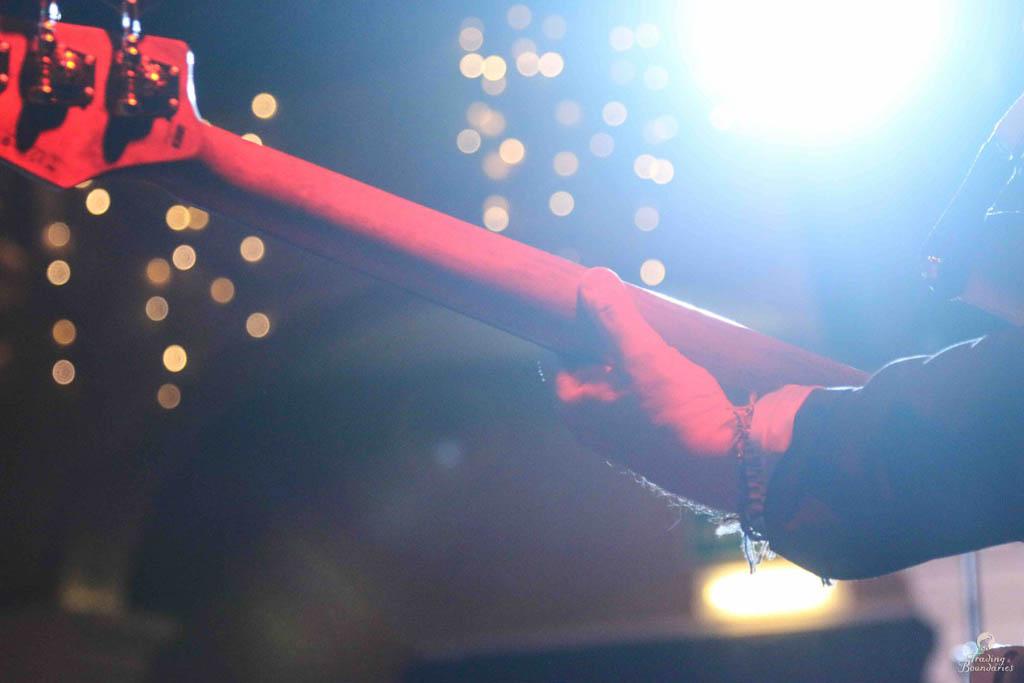 John Hiseman - 00-04-18 - Live at Trading Boundaries